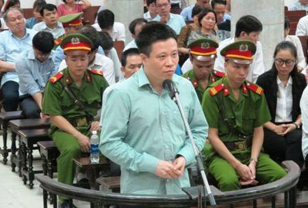 LS 'ngo ngang' khi Ha Van Tham bi de nghi chung than - Anh 2