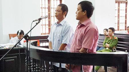 Dang xet xu so tham lan 2 vu Pho chanh Thanh tra nhan hoi lo - Anh 1