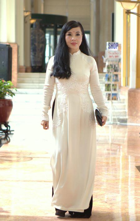 Me Minh Van trong 'Song chung voi me chong' lan dau thua nhan tham my - Anh 1