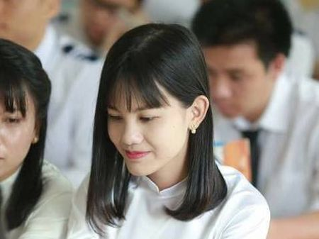 Gap go nu thu khoa gianh 30 diem vao Dai hoc Y Ha Noi - Anh 1