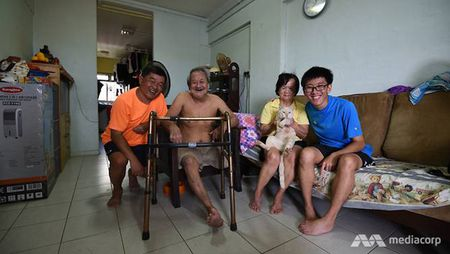 Chang trai 26 tuoi nguoi Singapore tro thanh nghi luc song cua hang trieu nguoi - Anh 5