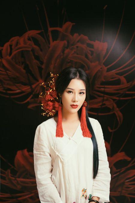 Vo NSUT Viet Hoan gay sot khi cover nhac phim 'Tam sinh tam the thap ly dao hoa' - Anh 1