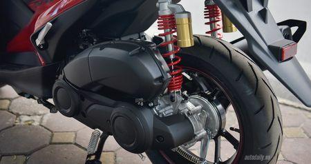 Anh thuc te Yamaha NVX mau dac biet, phuoc dau moi gia 52,7 trieu - Anh 15