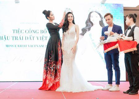 Nam Em trao vuong mien Miss Earth danh gia cho Ha Thu - Anh 2