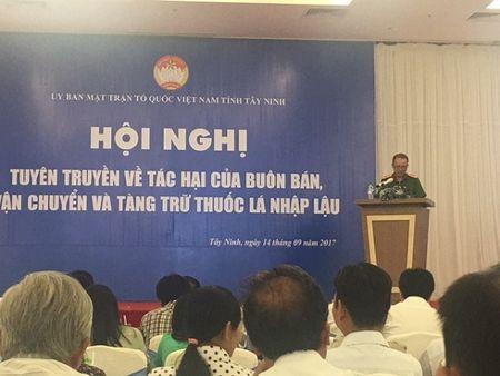 Thuoc la lau van o at tuon vao Viet Nam - Anh 2