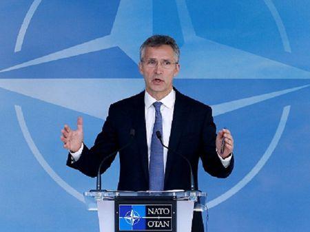 Ong Stoltenberg: NATO mong muon cai thien moi quan he voi Nga - Anh 1