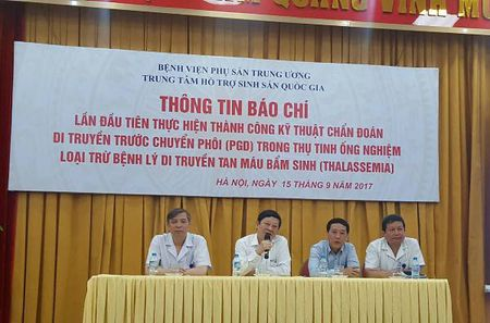 Lan dau tien tai Viet Nam ca 2 vo chong mang benh di truyen Thalassemia sinh con khoe manh - Anh 1