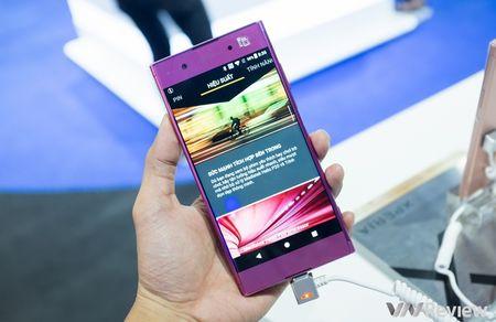 Sony Xperia XA1 Plus ve Viet Nam gia 7,2 trieu dong, co them mau hong nu tinh - Anh 2