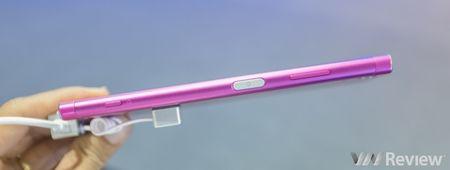 Sony Xperia XA1 Plus ve Viet Nam gia 7,2 trieu dong, co them mau hong nu tinh - Anh 4