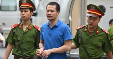 Dai an OceanBank: Luat su de nghi tra tu do cho em ho Nguyen Xuan Son - Anh 1