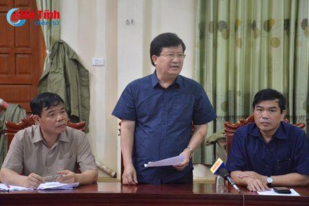 Pho Thu tuong Trinh Dinh Dung: Tap trung giup dan khac phuc hau qua mua bao - Anh 3