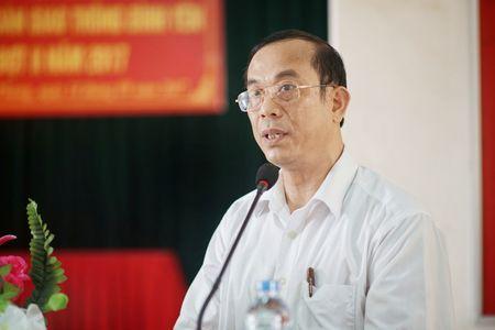 Cang vu DTND khu vuc I tang ao phao tai cac ben do ngang - Anh 3