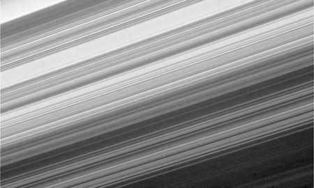 Nhung buc anh cuoi cung cua tau Cassini trong su menh sao Tho - Anh 2