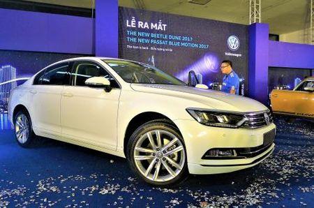 Volkswagen Viet Nam ra mat bo doi Beetle Dune va Passat Bluemotion 2017 - Anh 4