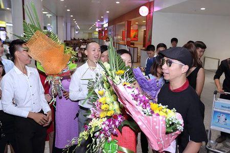 Dong Nhi tiet lo ve dam cuoi khong con xa voi Ong Cao Thang - Anh 6