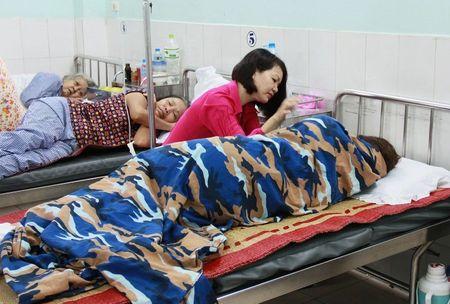 Co giao uong thuoc ngu tu tu vi bi chuyen cong tac: Thong tin bat ngo tu Benh vien Viet Tiep Hai Phong - Anh 1