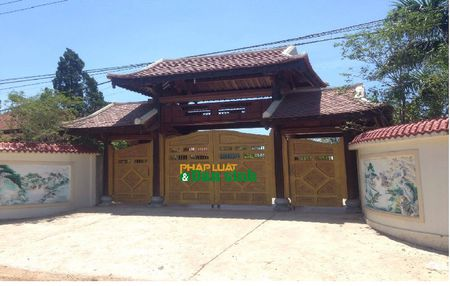 Hoa mat truoc biet phu rong thenh thang bang go quy cua ong Chi cuc truong Chi cuc Kiem lam Quang Tri - Anh 1
