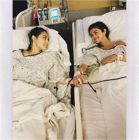 Selena Gomez khien ca the gioi 'bang hoang' ve nguoi ban gai cua minh - Anh 1