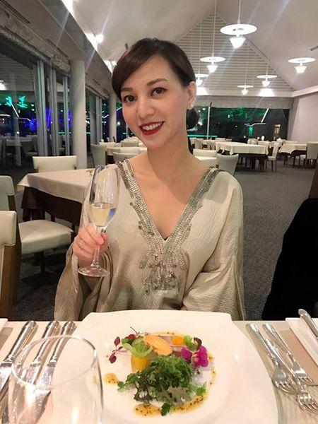 Hannah Nguyen: Da dep con hanh phuc cung bi quyet 'day do' chong - Anh 2