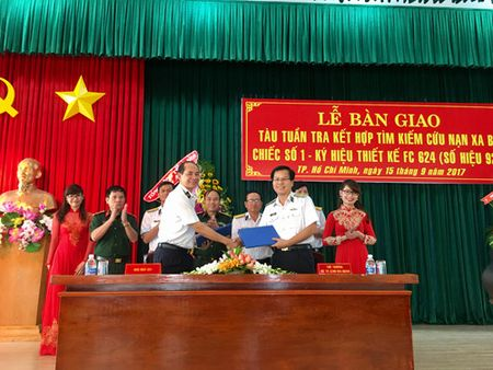 Viet Nam dong duoc tau tuan tra - cuu nan hien dai cho Hai quan - Anh 2