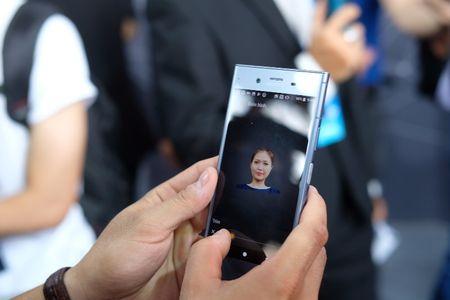 Sony chinh thuc tung Xperia XZ1 tai Viet Nam, gia 15,99 trieu dong - Anh 3