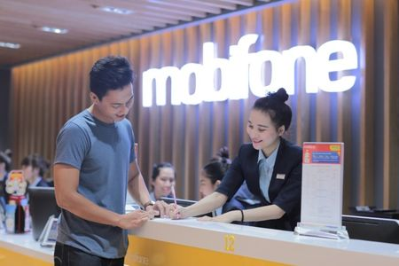 Dat mua Galaxy Note 8 tai MobiFone nhan qua hap dan - Anh 2