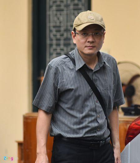 Em ho Nguyen Xuan Son duoc luat su de nghi tra tu do tai toa - Anh 1