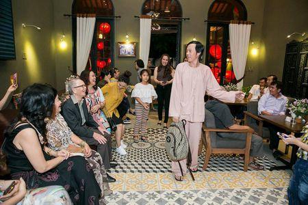 Hoai Linh, Dam Vinh Hung, Duong Trieu Vu hoi ngo mung sinh nhat me - Anh 4