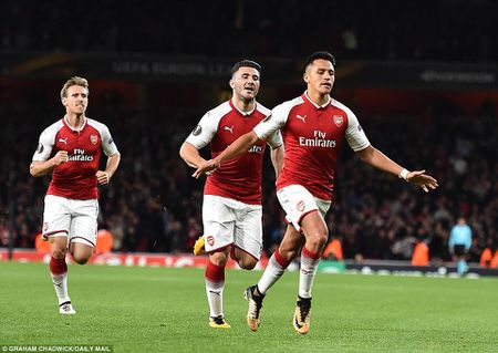 Arsenal 3-1 FC Cologne: Man nhan voi 'sieu pham' - Anh 10