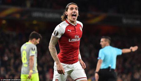 Arsenal 3-1 FC Cologne: Man nhan voi 'sieu pham' - Anh 13