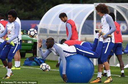 Chelsea luyen voi 'vu khi bi mat' cho ngay quyet dau Arsenal - Anh 9