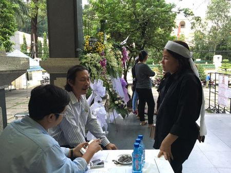 Linh cuu nha tho Thanh Tung am ap trong vong tay be ban - Anh 5