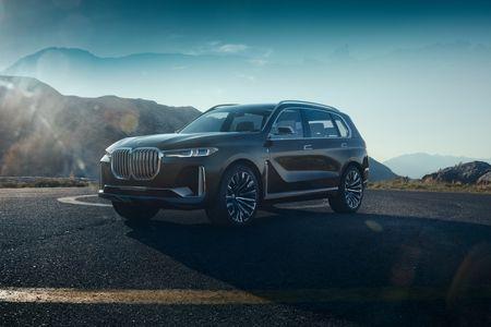 Ngam nhin BMW X7 iPerformance tai Trien lam Frankfurt 2017 - Anh 3