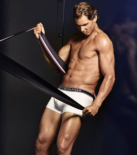 'Bo tot lang banh ni' Nadal luc luong vuot xa Roger Federer - Anh 11