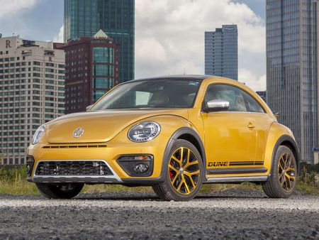 Volkswagen Beetle Dune chot gia 1,469 ty dong o Viet Nam - Anh 1