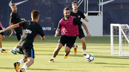 21h15 ngay 16/09, Getafe vs Barcelona: Lay gi can Messi? - Anh 1