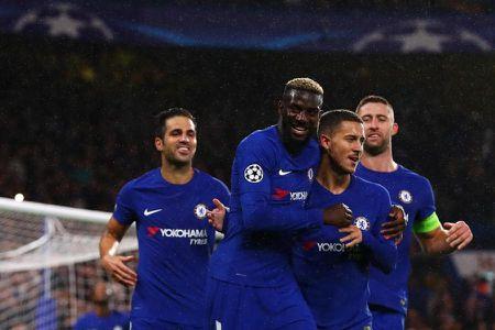 Cau hoi vong 5 Premier League: Nhom dau xao tron? - Anh 2