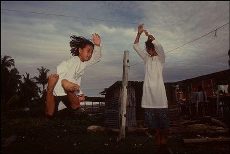 Cuoc song o Brunei nam 1992 qua ong kinh nguoi Nga (2) - Anh 12