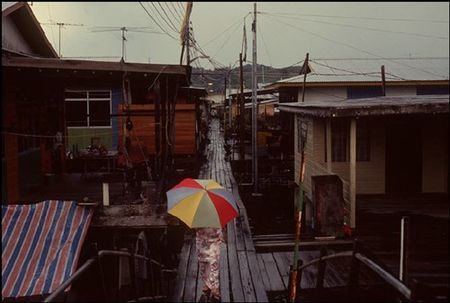Cuoc song o Brunei nam 1992 qua ong kinh nguoi Nga (2) - Anh 5