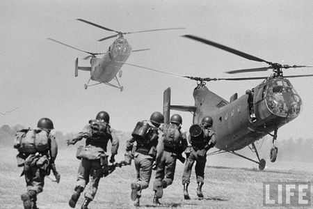 H-21: 'Ngua tho' bat kham cua My tren chien truong Viet Nam - Anh 2
