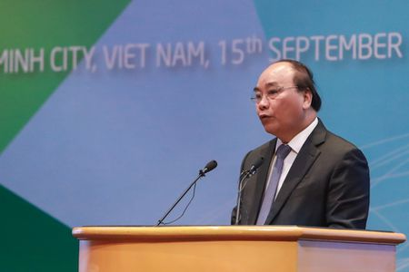 Thu tuong Nguyen Xuan Phuc du Hoi nghi Bo truong Doanh nghiep nho va vua APEC - Anh 1