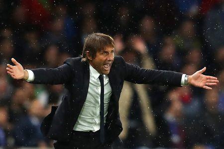HLV Conte nho rat ky nhung tran Chelsea thua Arsenal - Anh 1