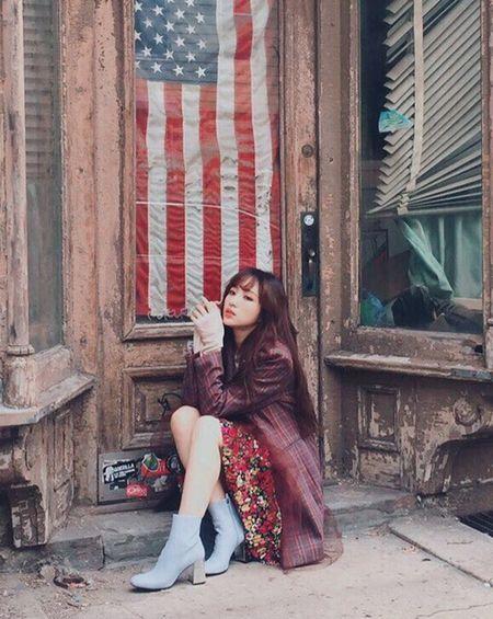 Sao Han 16/9: Dara xung danh 'thanh hack tuoi', Lisa khoe dang nguoi mau - Anh 4