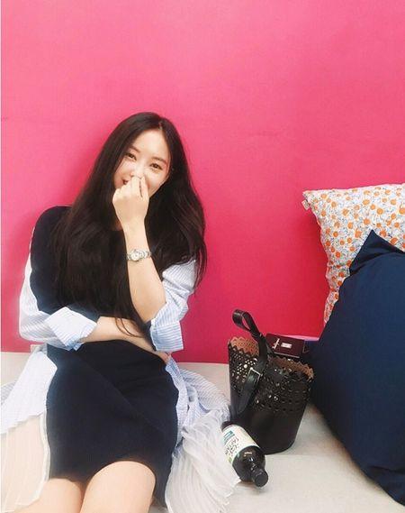 Sao Han 16/9: Dara xung danh 'thanh hack tuoi', Lisa khoe dang nguoi mau - Anh 5