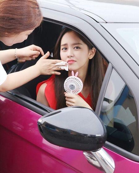 Sao Han 16/9: Dara xung danh 'thanh hack tuoi', Lisa khoe dang nguoi mau - Anh 6