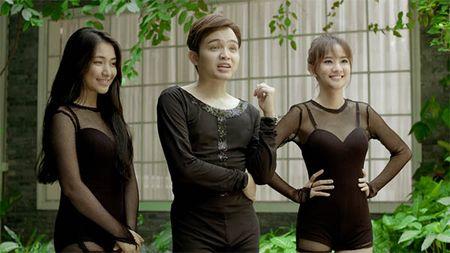 Glee Viet tap 4: Mang thai voi Huu Vi nhung Angela Phuong Trinh do loi cho Rocker Nguyen - Anh 9