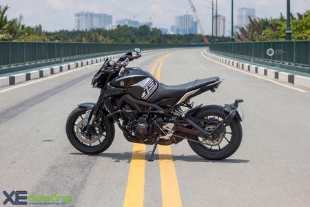 Yamaha MT-09 'Matte Black' do cuc ngau cua Saigon Maxspeed - Anh 1