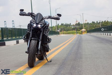 Yamaha MT-09 'Matte Black' do cuc ngau cua Saigon Maxspeed - Anh 3