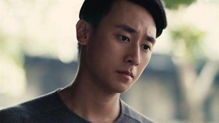 Dan mang 'day song' voi 'canh nong' cua Rocker Nguyen va Angela Phuong Trinh trong bon tam - Anh 3