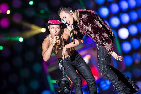 G-Dragon va Taeyang: Chu nhan man trinh dien hot nhat lich su le trao giai MAMA - Anh 2
